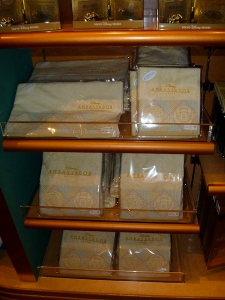 Tokyo Disney Ambassador Hotel towels and wash cloths
