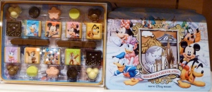 Tokyo Disney sample display tins