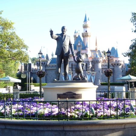 Partners Statue and Disneyland Castle
