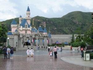 Sleeping Beauty Castle Hong Kong Disneyland - picture taken by pat33 (found on the net)