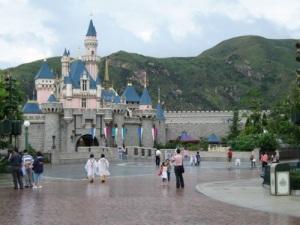 Sleeping Beauty Castle Hong Kong Disneyland - picture taken by pat33 (found on the net)