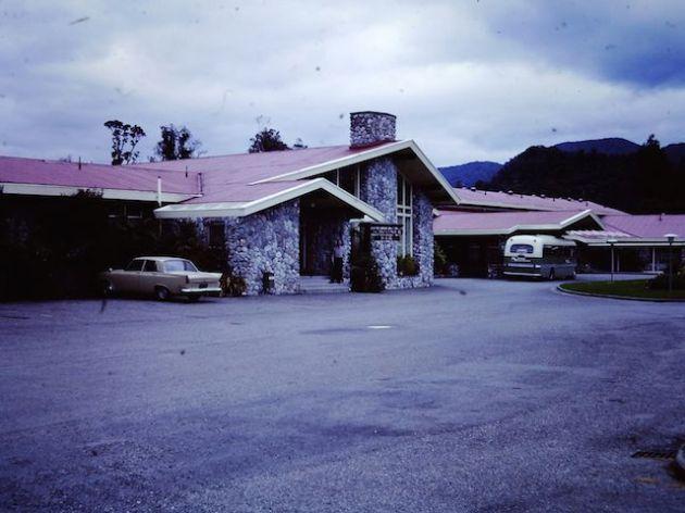 Franz Josef Motel - December 1971