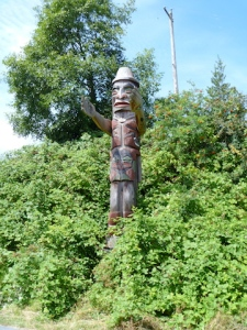 Totem along the walkway