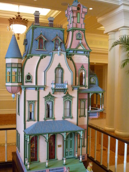 Victorian Doll's House