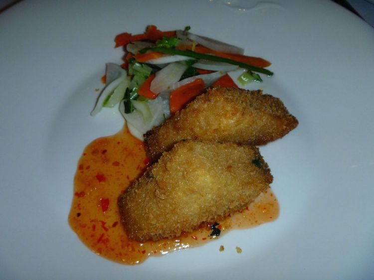 Crumbed tofu with sweet chilli sauce and asian style veggies
