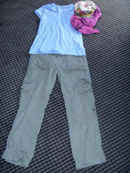 Another wear-once-and-leave blue t-shirt with the same pants, hat and scarf from above.