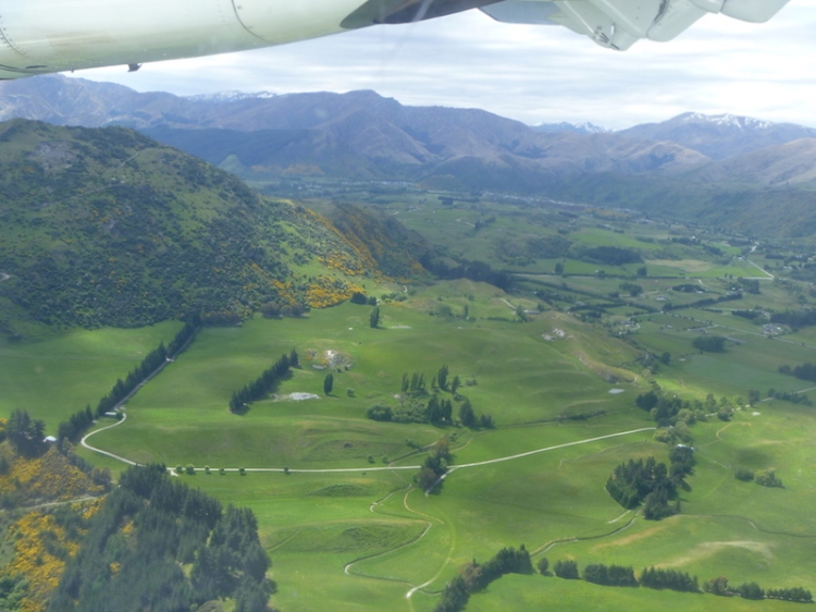 And after nearly an hour started our decent into Queenstown ...