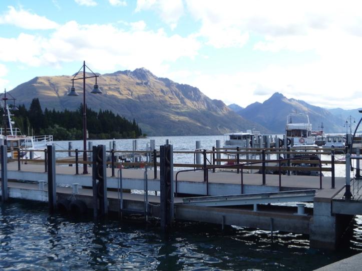 Had a look at the small marina ...