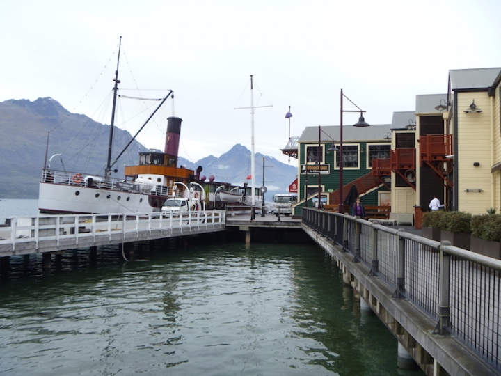 And went to see the vintage steamer the TSS Earnslaw,  which does scenic cruises along the lake to Glenorchy ...