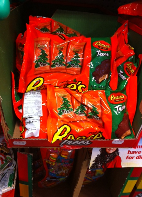Reese's Peanut Butter Christmas Trees