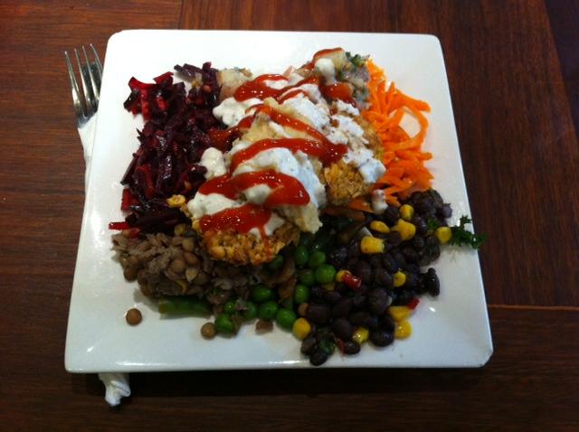 Habebes - Salad plate with Falafel