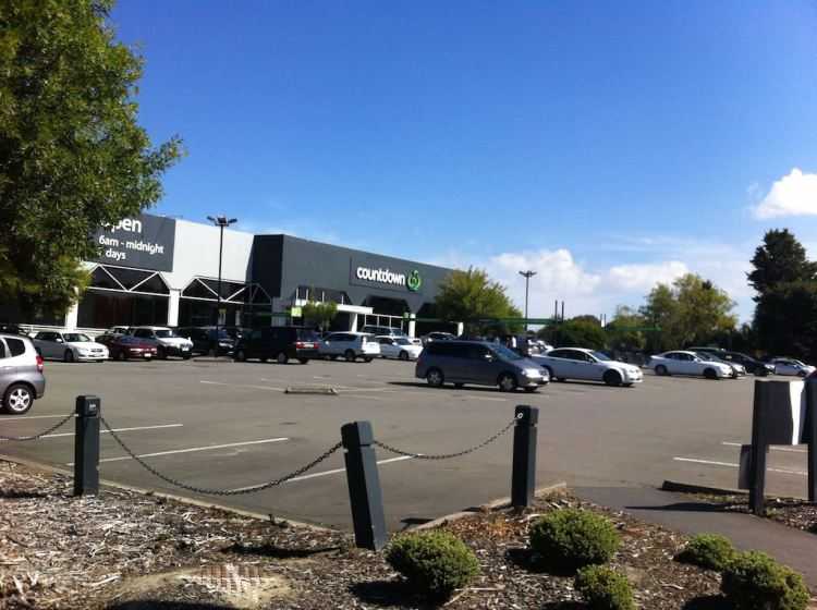Past the Countdown Supermarket at Church Corner/Upper Riccarton