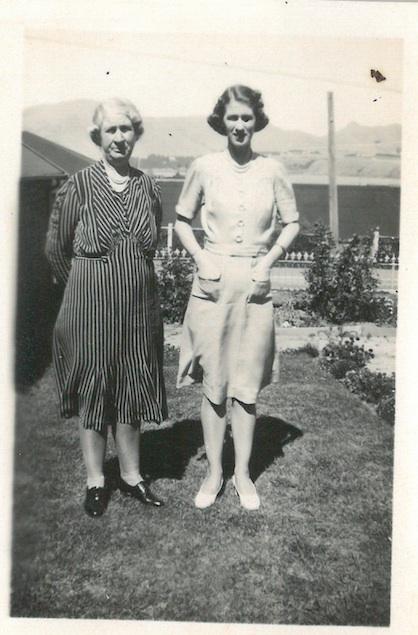 Mary Catherine Sillars (nee Lynch) & Mima Daphne Sillars at Dalcroy House